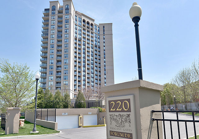 Tuscany Gate Condos at 220 Forum Drive, Mississauga