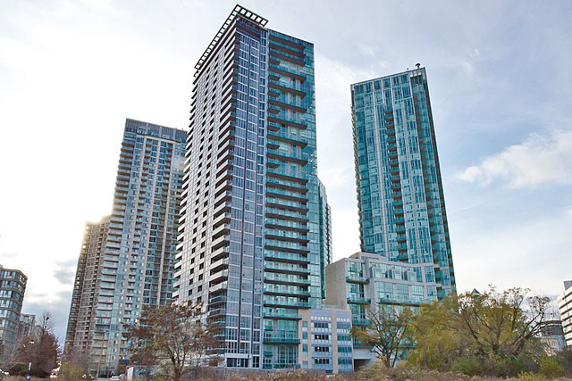 Onyx Condos and Lofts in Square One at 223 Webb Drive, Mississauga