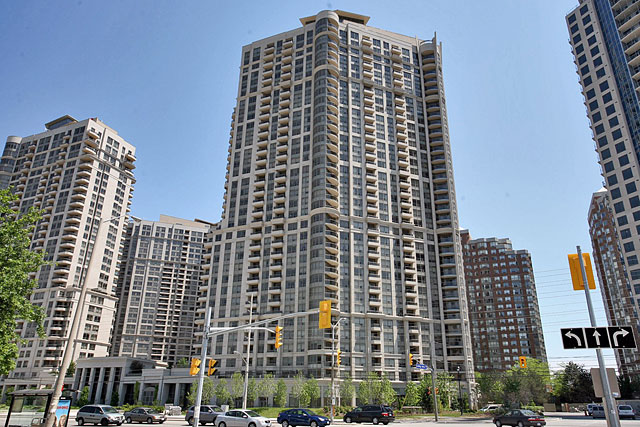 Grand Ovation Condos in City Centre at 310 Burnhamthorpe Road West, Mississauga